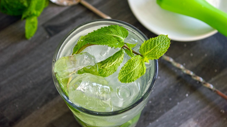 1175-mojito-recipe-mojito-drink-cocktail-white-rum-sugar-mint-lime