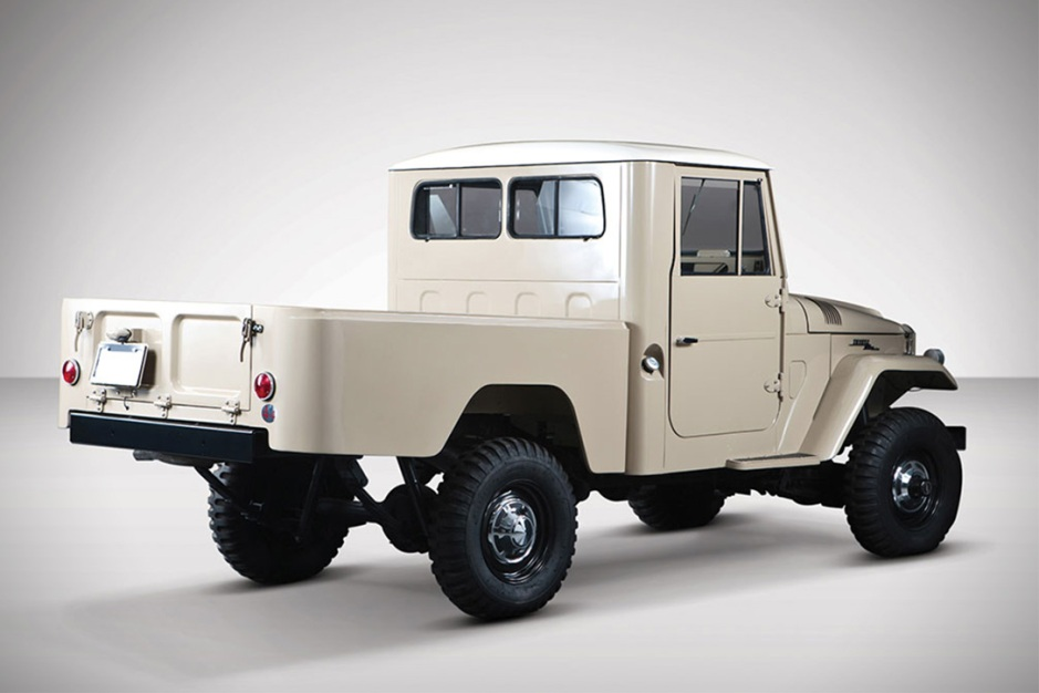 auction-block-1964-toyota-fj45-land-cruiser-pickup-1