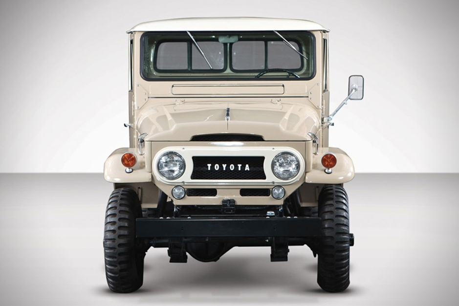 auction-block-1964-toyota-fj45-land-cruiser-pickup-6