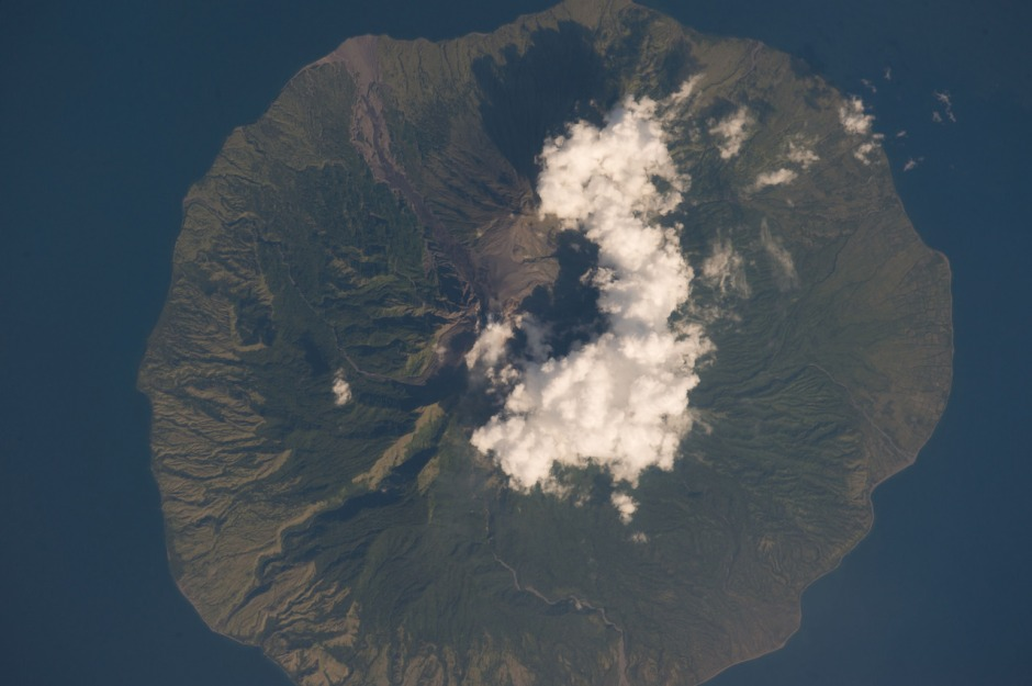 the-sangeang-volcano-in-south-central-indonesia-was-taken-from-the-international-space-station