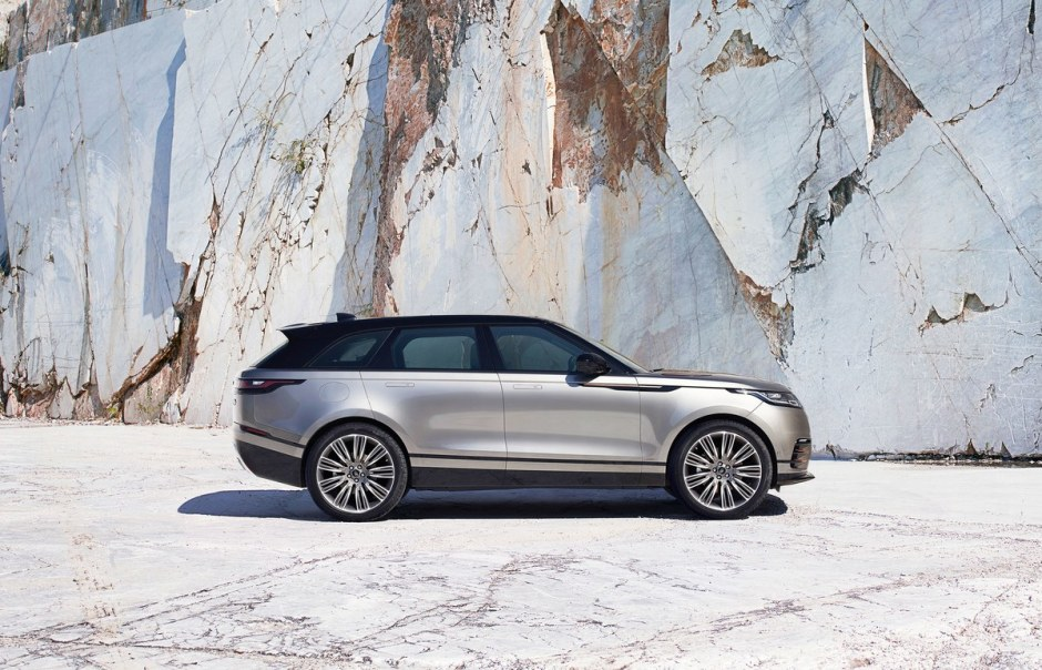 rr_velar_18my_387_glhd_pr_location_static_010317