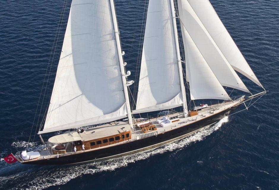 sailing-yacht-regina-profile_001