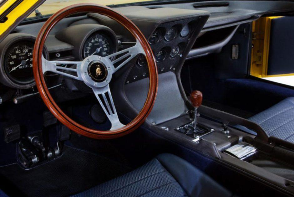 1966-Lamborghini-Miura-970x650